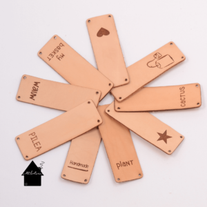 leren labels voor haak en breiwerk
